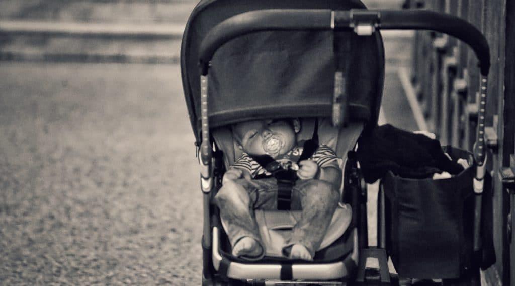 Sortie en poussette ou en porte-bébé