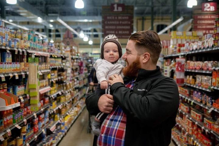 Sortir avec bébé dans les magasins