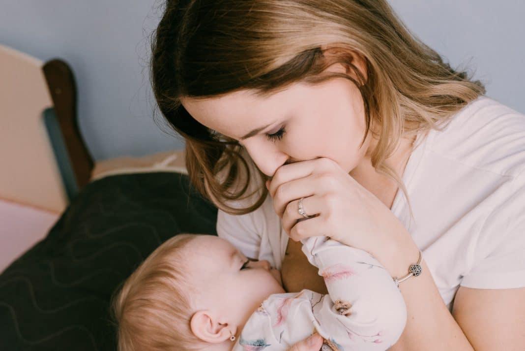 Allaiter un bébé RGO: la solution?