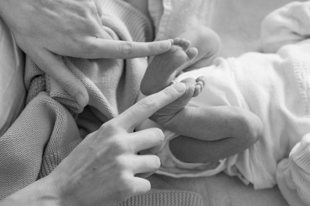 Quel matériel pour tricoter un cocon pour bébé ?